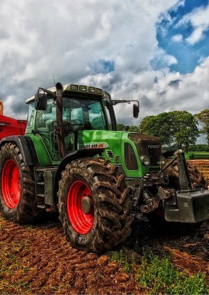 CWL tractor1.jpg